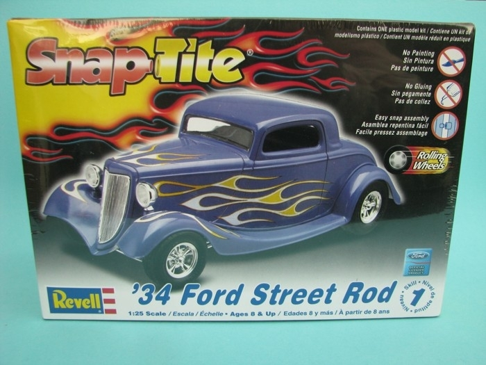 Ford Street Rod 1934 1:25 Revell